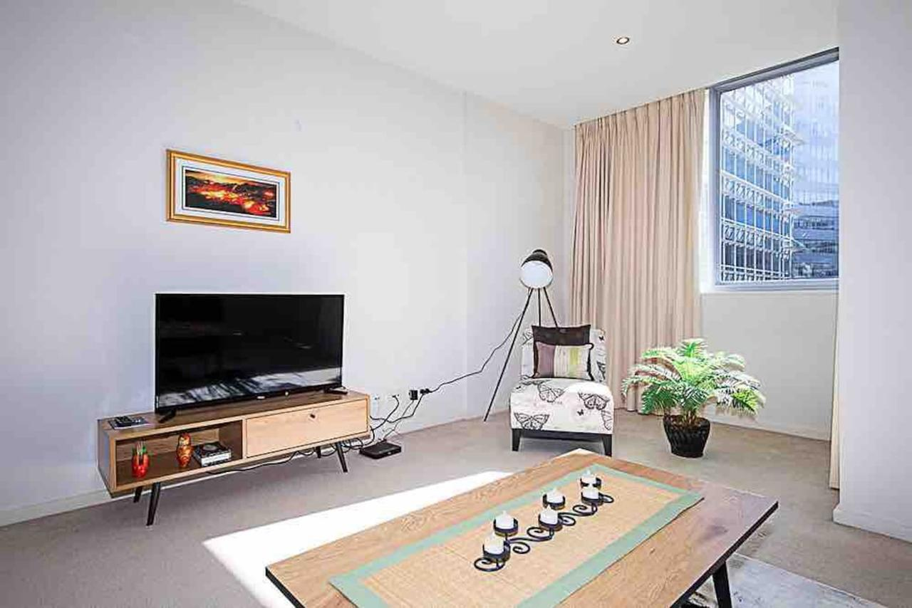 Spacious 1BR Stylish New Acton Apartment Parking - ACT Tourism