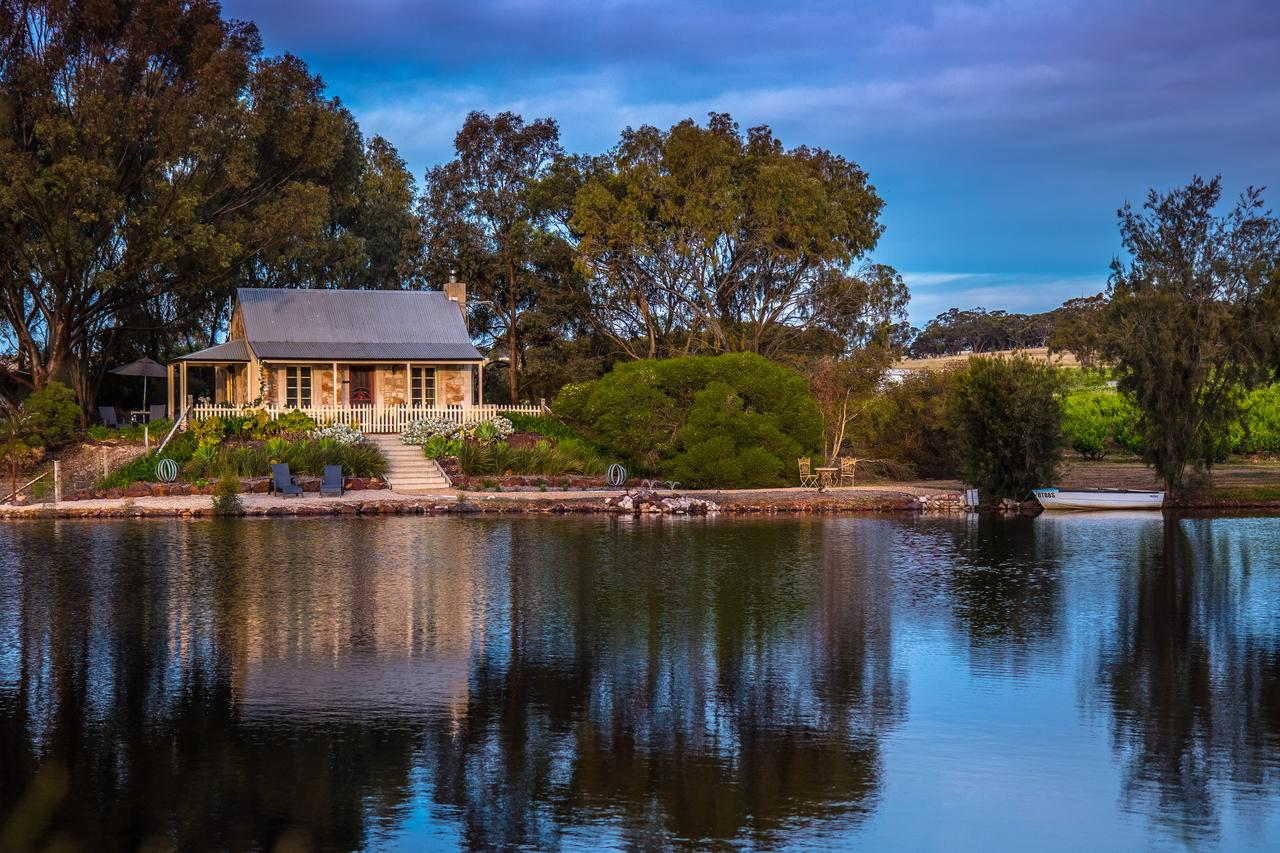 Stonewell Cottages and Vineyards - ACT Tourism