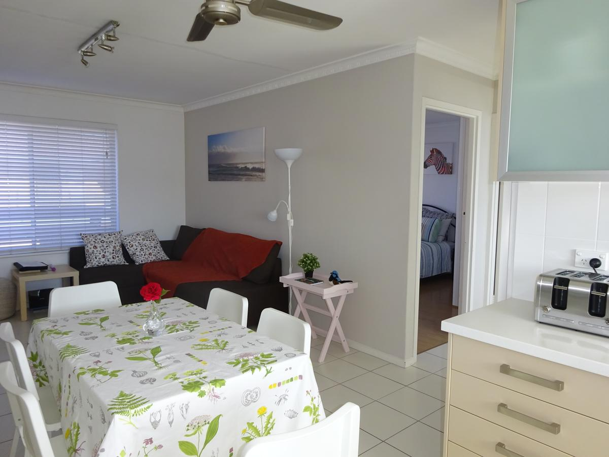 Selene Holiday Apartment West Beach - ACT Tourism