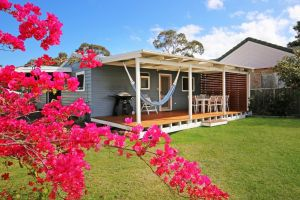 Hayes Beach House - Jervis Bay - Pet Friendly - ACT Tourism