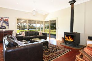 Terara Riverside Retreat - ACT Tourism