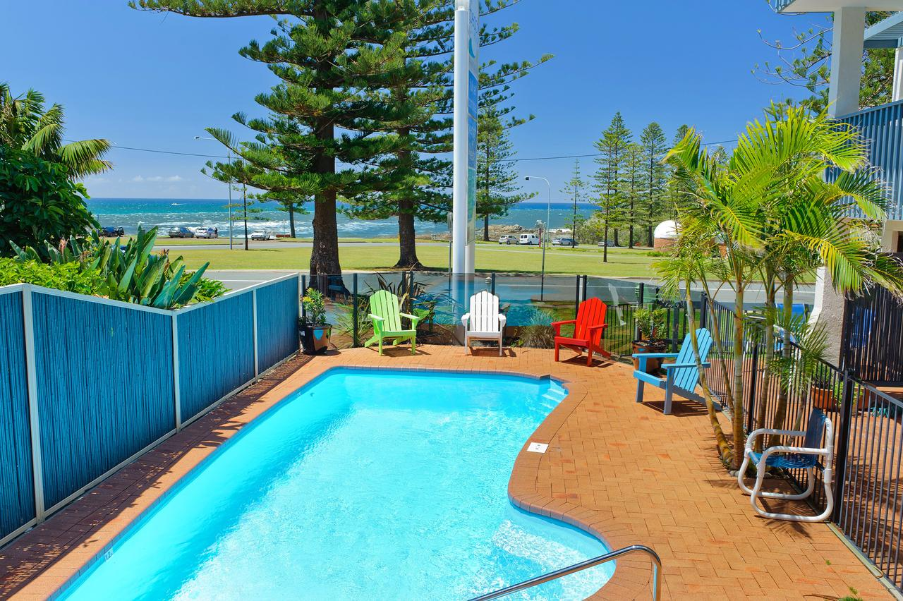 Beach House Holiday Apartments - ACT Tourism