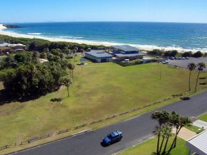 2 Cliff Road - ACT Tourism