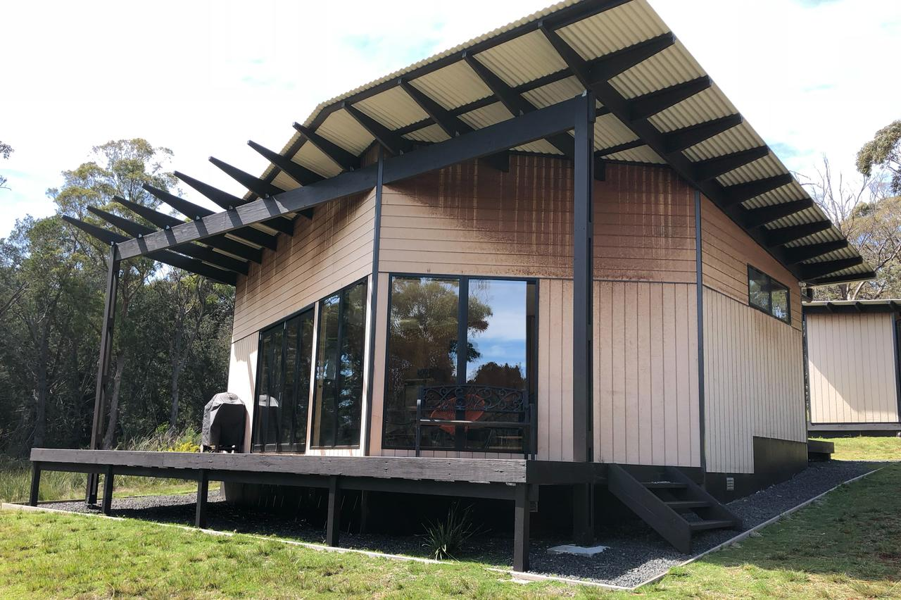 Bay of Fires Eco Hut - ACT Tourism