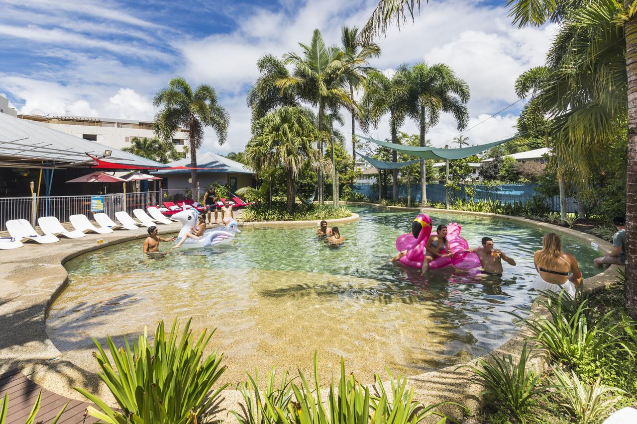 Summer House Backpackers Cairns - ACT Tourism